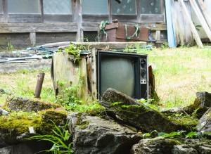 大神楽集落にあったテレビ